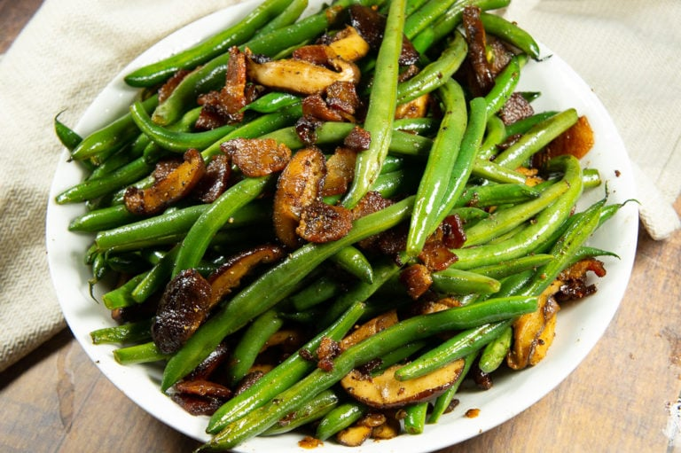 Skillet Green Beans with Bacon, Onions, & Mushrooms