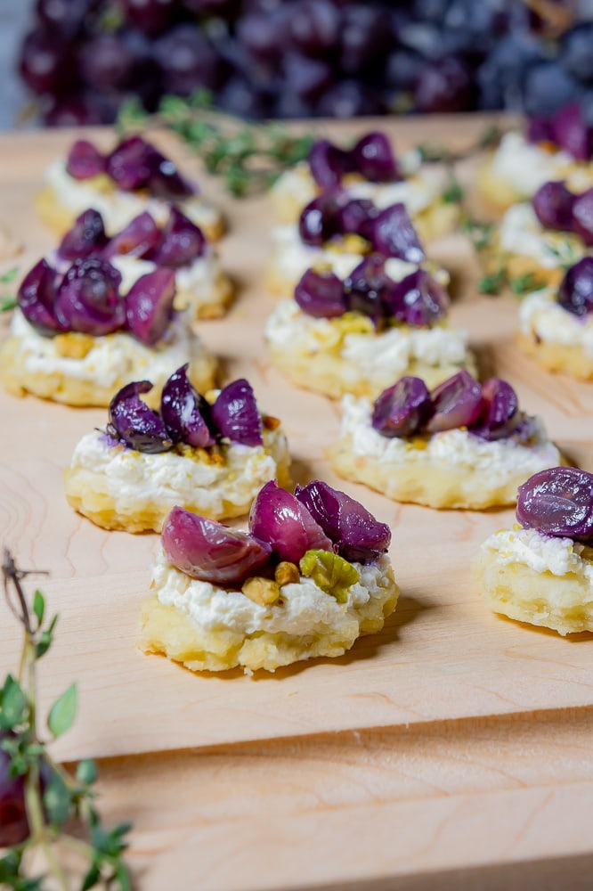 Goat Cheese Appetizers with Roasted Grapes