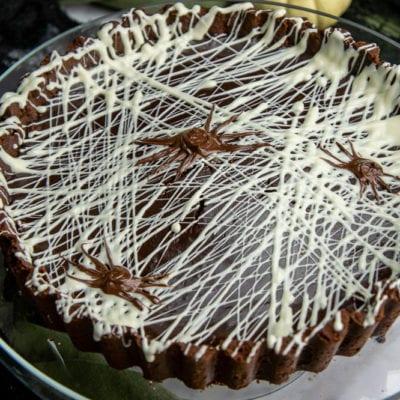 Spiderweb Chocolate Tart #HalloweenTreatsWeeK